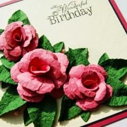 Tự làm hoa hồng giấy trang trí thiệp thật lãng mạn