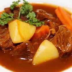 Thơm ngon bò hầm khoai tây