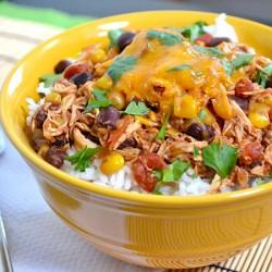 Thưởng thức hương vị Mexico với cơm trộn gà Taco