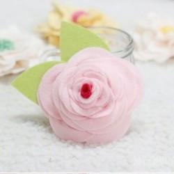 Khéo tay làm hoa hồng bằng vải dạ dễ thương