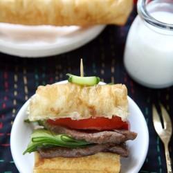 Ngon Độc Lạ Với sandwich quẩy