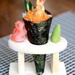 Cùng làm sushi cuộn nấm nào!