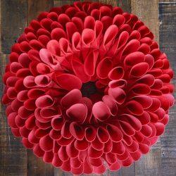 Hướng dẫn làm vòng hoa bằng vải dạ cực đẹp