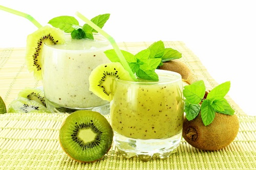 cach-lam-sinh-to-kiwi