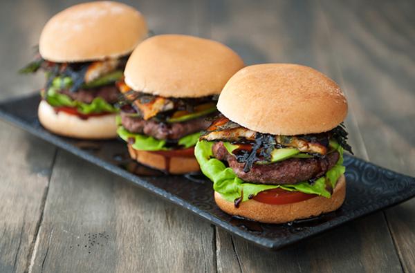 hamburger-huong-vi-nhat-cho-nhung-fan-cua-com-luon (9)