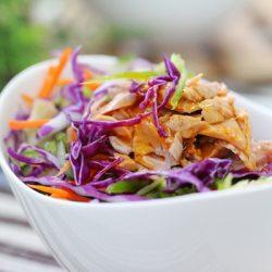 Salad cá ngừ cho bữa trưa đủ chất