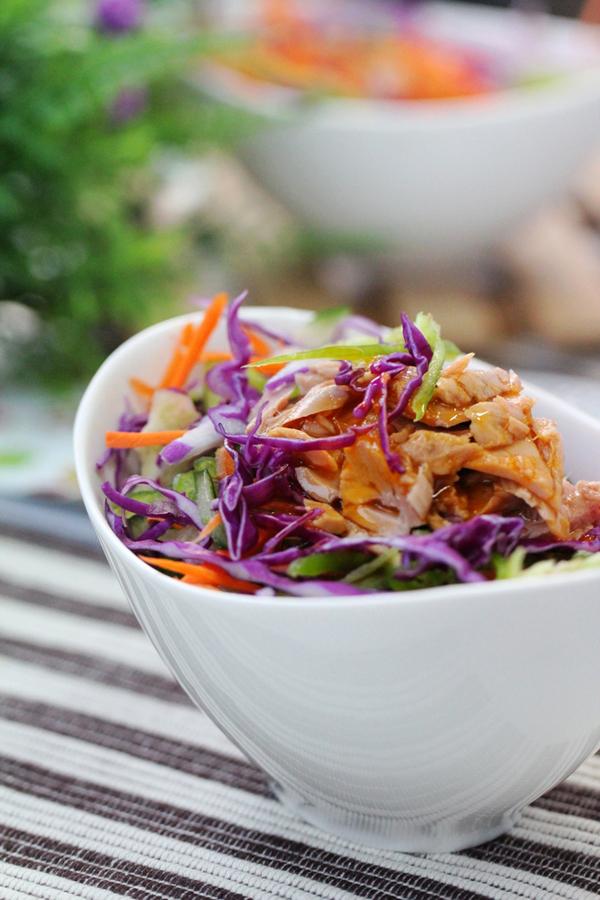 tron-nhanh-salad-ca-ngu-cho-bua-trua-du-chat (9)