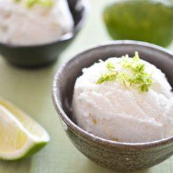 Kem chanh dừa cho ngày nắng nóng