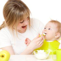 Ăn dặm cho bé thế nào là đúng cách?