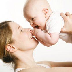 5 vị trí mẹ cần lưu ý khi chăm sóc trẻ sơ sinh