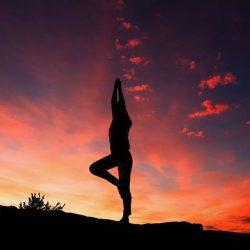 Yoga trị liệu đốt sống lưng, đốt sống cổ dành cho người bị thoái hóa cột – Tập 6